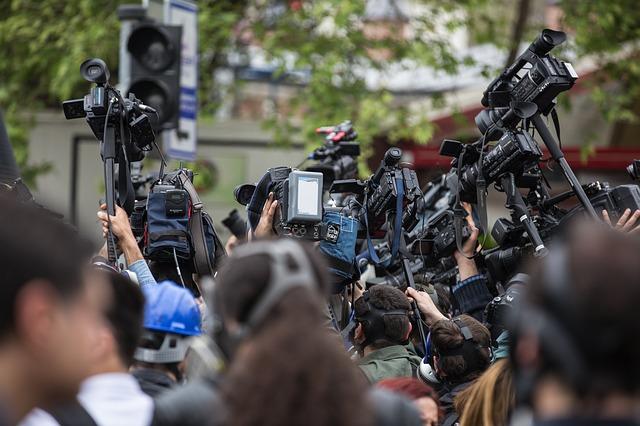 ニュースやテレビの情報は私たちをどこへ導こうとしているのか